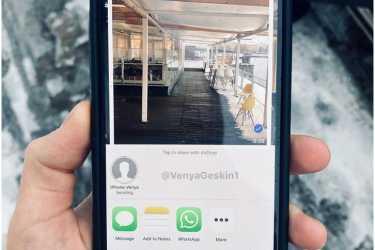 有爆料称iPhone或将在 2020 年用上钻孔屏